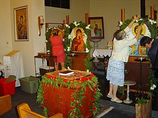 The faithful prepare for Paschal Celebration